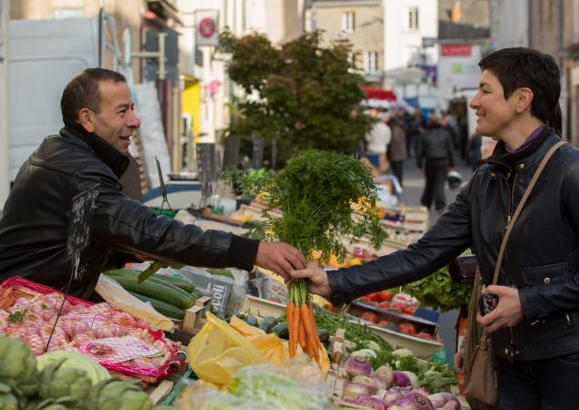 Marché à Evron en Mayenne
