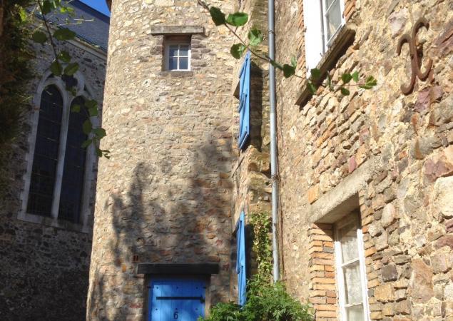 Gîte des Fiancés à Sainte-Suzanne en Mayenne - ext