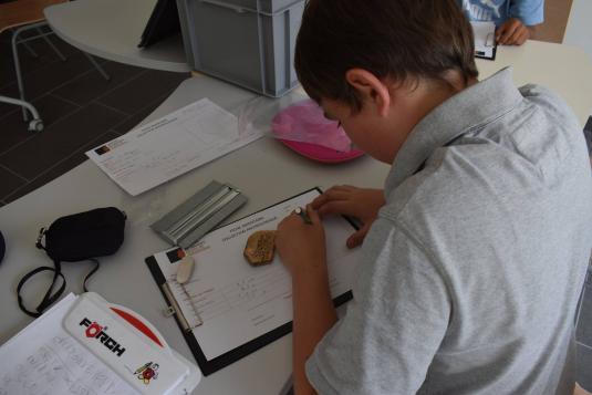 atelier scolaires enfants au Musée de Préhistoire de Saulges