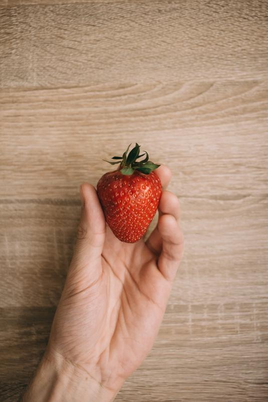 fraise pour tarte aux fraises et rhubarbe