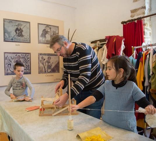 Atelier enfants au Grand-Moulin de Sainte-Suzanne en Mayenne