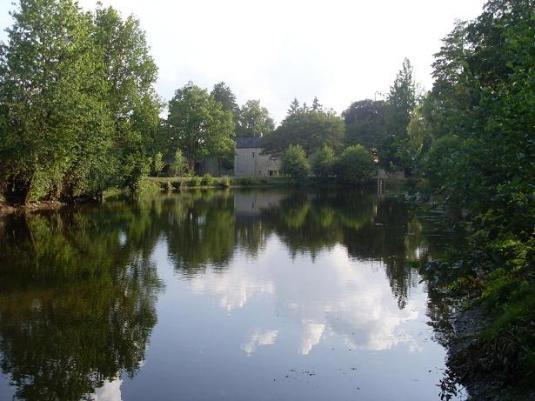 Le Moulin de Gratte Sac gîte de pêche  à Voutré en Mayenne